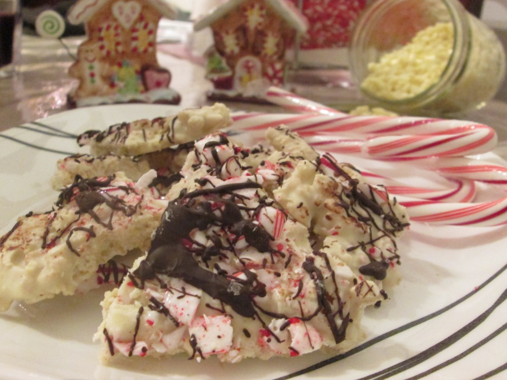 Crunchy Peppermint Bark (1/3)