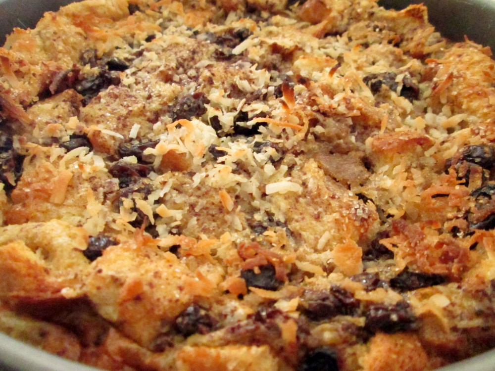 Cinnamon Raisin Coconut Bread Pudding (4/5)