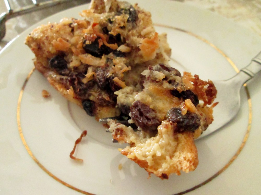 Cinnamon Raisin Coconut Bread Pudding (5/5)