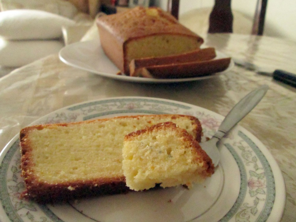Light and Airy Pound Cake (3/4)